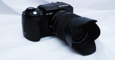 Olympus Evolt E-330 digital camera