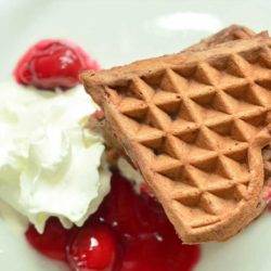 Cream with Chocolate waffle