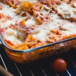 Baked pasta with tomatoes and cheese