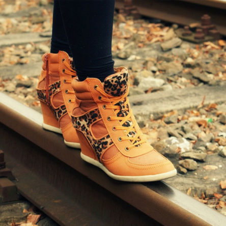 Mauris shoes